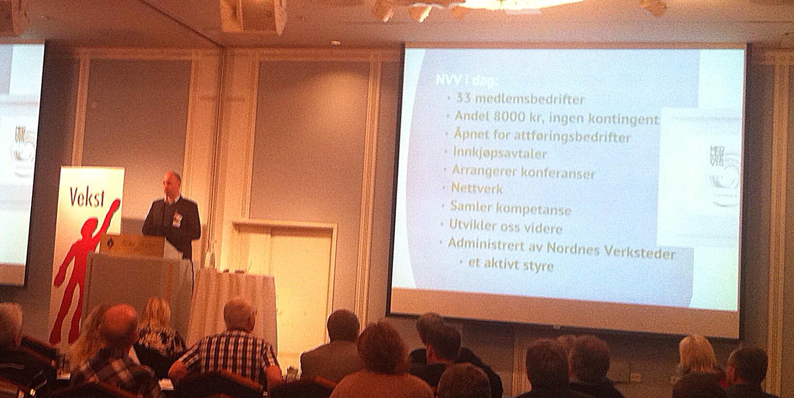Ralph holder innlegg på Høstkonferansen 2012